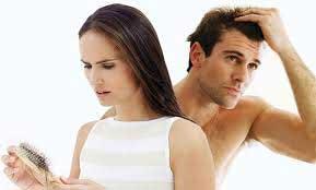 Косопадът може да е страничен ефект от прием на високо андрогенни анаболни стероиди. Оредяване на косата от прием на анаболи.